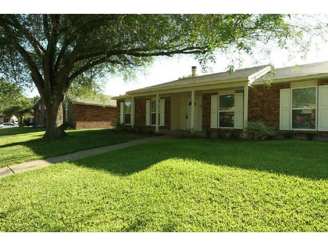9210 Linda Vista Drive, Rowlett, Texas 75088 – SOLD!