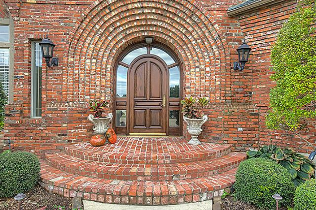 Promontory Custom in Heath Texas Seeks Discerning Buyer