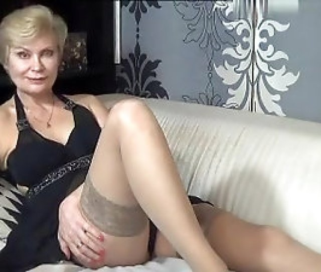 Kinky_momy Secret Video  On 1026 From Myfreecams