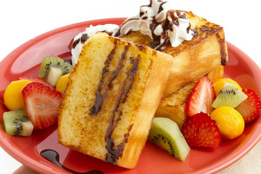 Toasted Butter Cake with Fruits Ala Mode