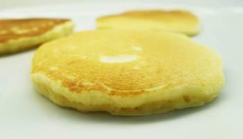 The right way to mix hotcake batter the maya kitchen undermixed overmixed and the perfect maya hotcake ccuart Images