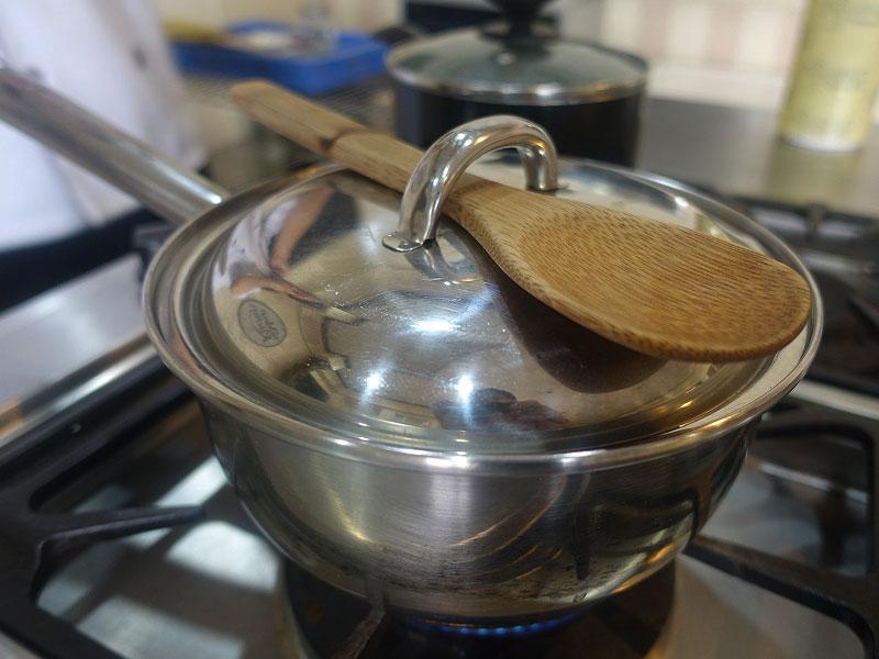 hack-this-hot-water-the-maya-kitchen