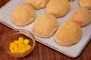 Mango Flavored Pandesal