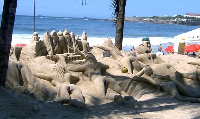 Rio-Sandcastles-Thong