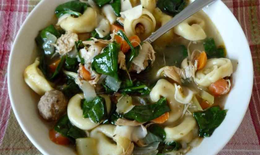 Italian Spinach and Tortellini Soup