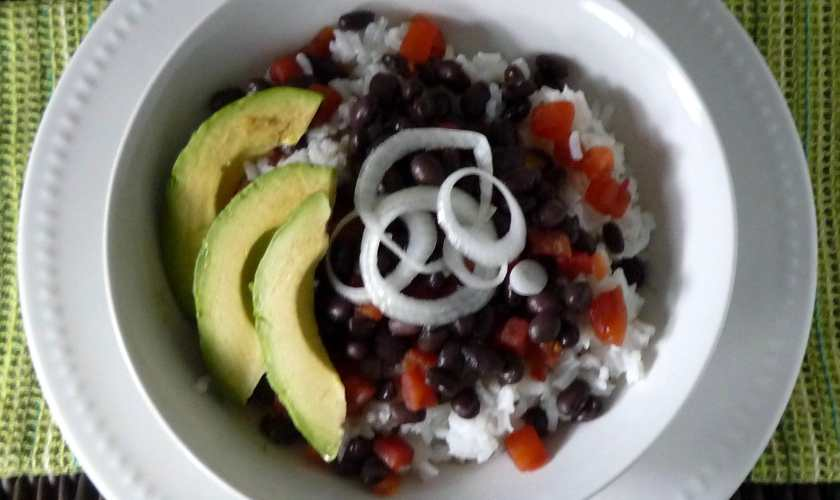 Moros y Cristianos – Cuban Black Beans and Rice