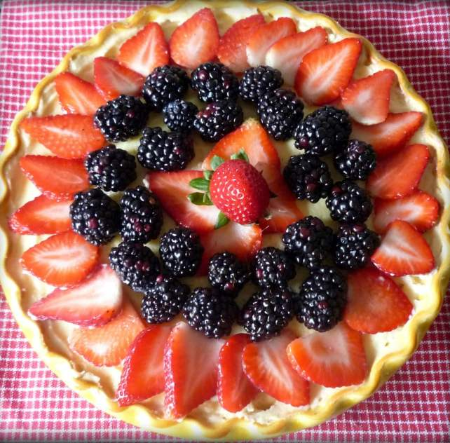 no-bake-berry-good-cheesecake-_heidy-l-mccallum_recipe-is-sole-property-of-the-mccallums-shamrock-patch-and-heidy-mccallum