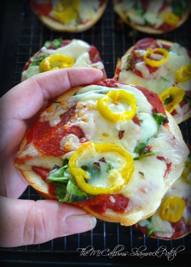how to make homemade pizza sauce in hindi