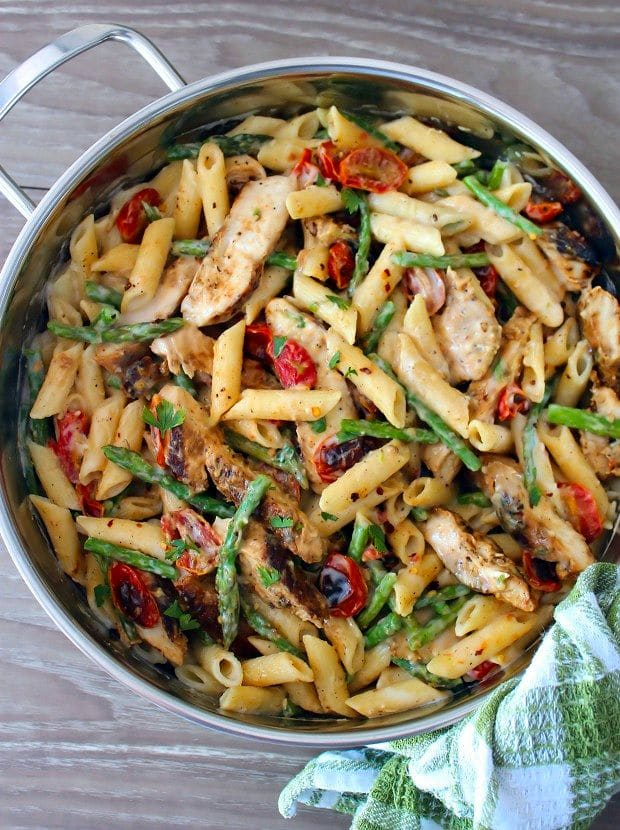 Penne with blackened Chicken, Asparagus, and Cherry Tomatoes