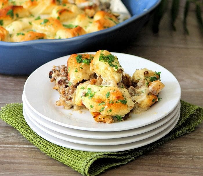 bacon, fried eggs, buttermilk pancakes, and grits may be great Y'all, but this deliciously flavorful Southern Sausage and Biscuits Casserole will take your Brunch Game to a whole new level of Southern Goodness.
