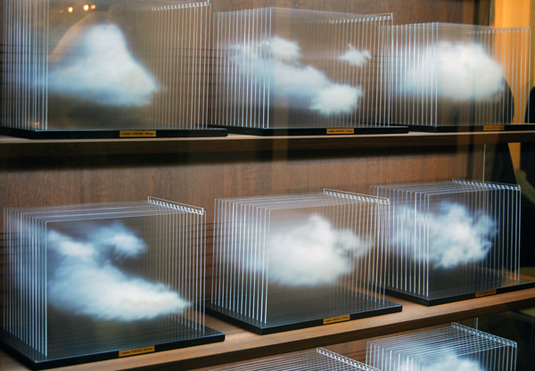 La Vitrina Cloud Collection - Leandro Erlich (2011)