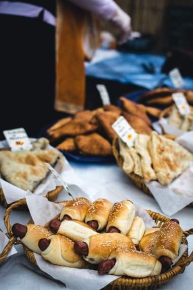 foodiesfeed.com_sausage-rolls