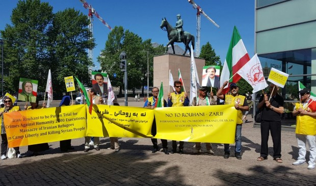Protest against Iranian's FM in front of the Finnish parliament