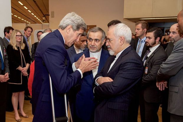 John_Kerry_Speaks_With_Hossein_Fereydoun_and_Javad_Zarif_before_Press_conference_in_Vienna_(19663913956).jpg