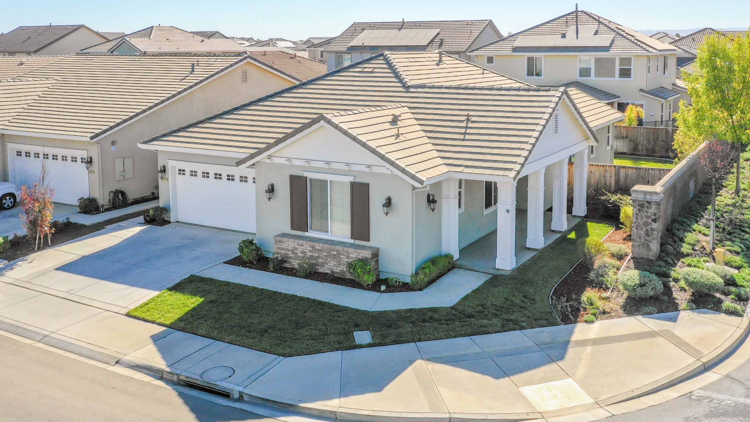 8373-Brookhaven-Circle-Discovery-Bay-1-of-42-1541610421