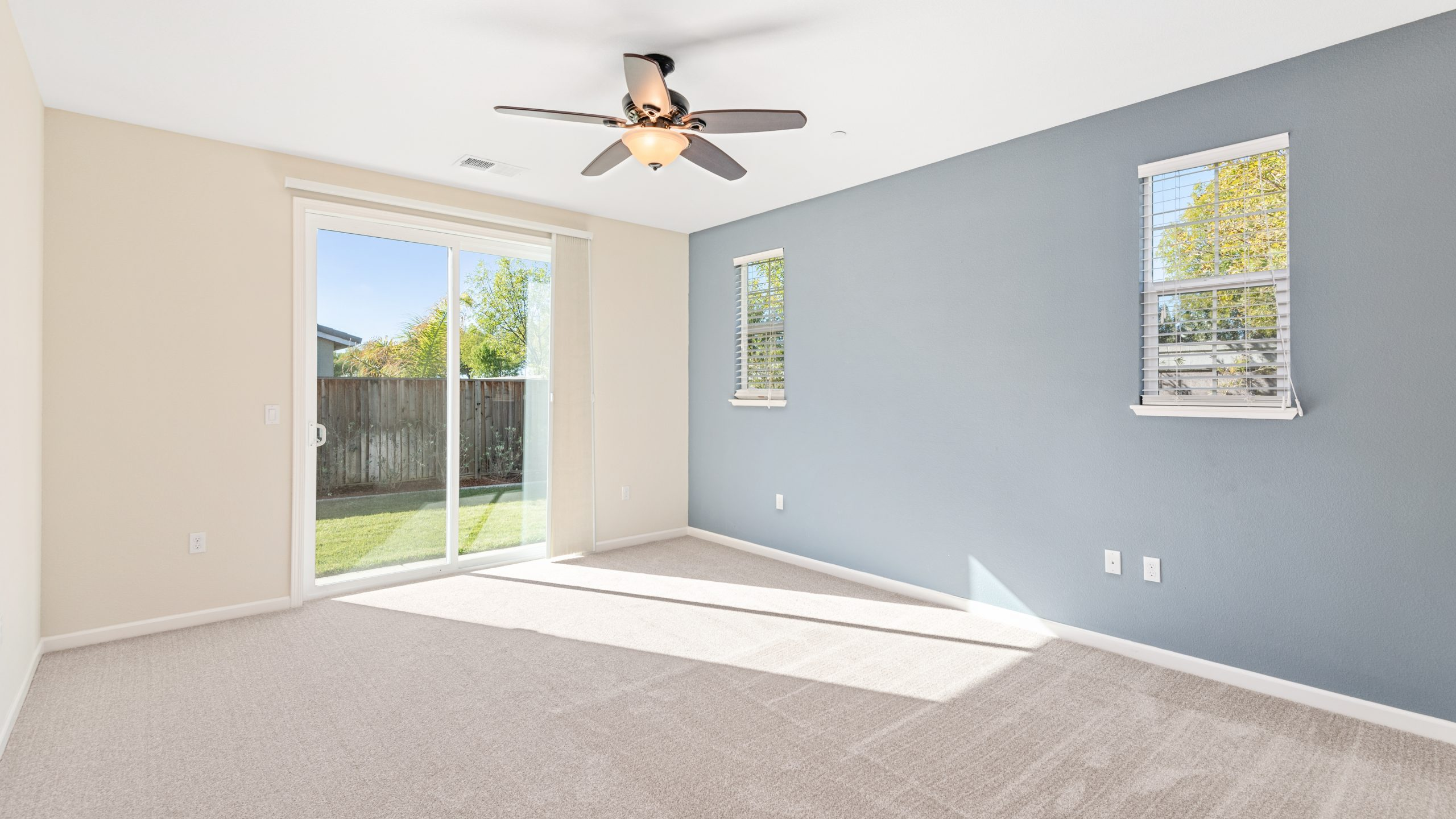 8373-Brookhaven-Circle-Discovery-Bay-17-of-42-1541610483