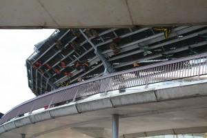 loopbrug tussen het oude en nieuwe gedeelte van het Dierenpark Emmen