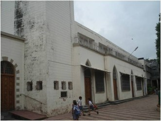 05-View-of-East-facade-before-restoration