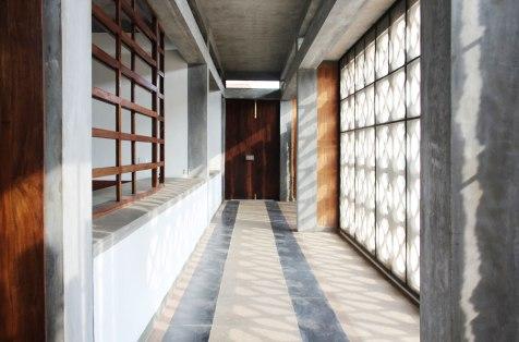 03-Interior