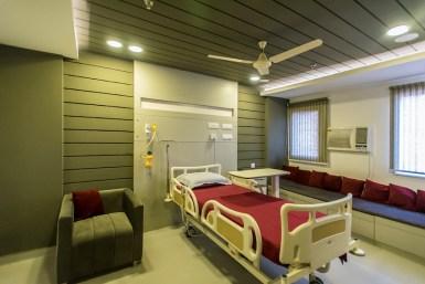Photo 09_Patient's Room