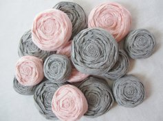 Paper rosettes, by IsleOfOwlie on etsy.com