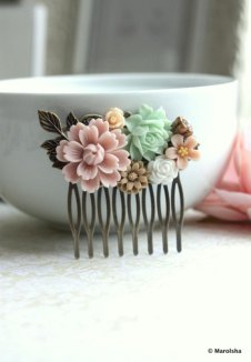 Hair accessory, by Marolsha on etsy.com