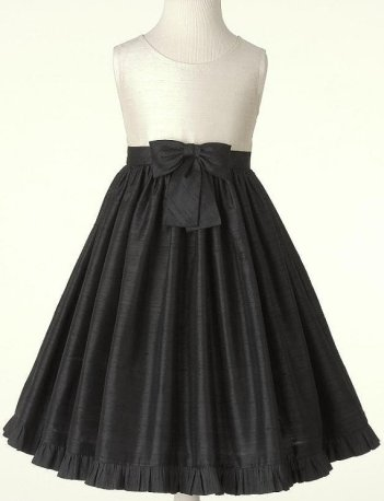 Black and white flower girl dress, by KNYPS on etsy.com