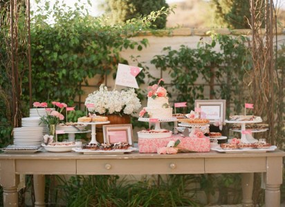 Dessert table in coral