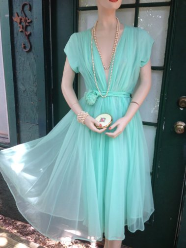 Vintage turquoise dress, by Thriftoria on etsy.com