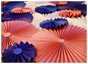 Paper flower accordian decorations, by Azoewa on etsy.com