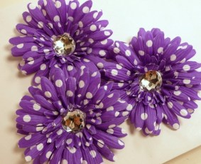 Decorative gerbera flowers, by GiraffeTailWholesale on etsy.com