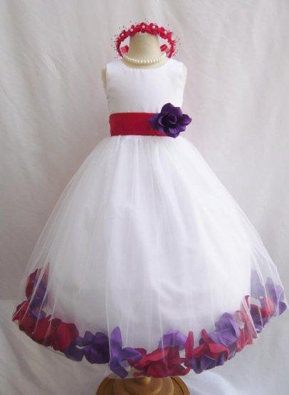 Flower girl dress, by LuuniKids on etsy.com