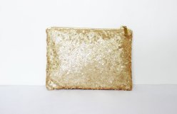Clutch purse, by CoralsandNuts on etsy.com