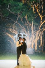 Night photo in the rain {via elizabethannedesigns.com}
