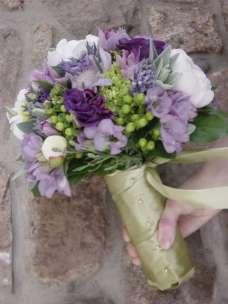 Lavender and gold bouquet inspiration {via imgarcade.com
