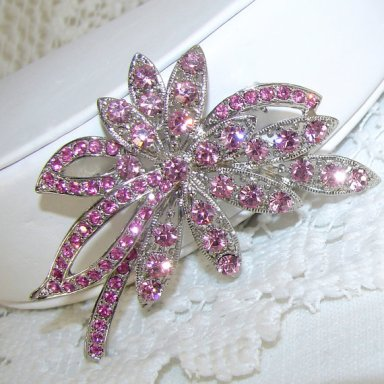Radiant orchid brooch, by OhFaro on etsy.com
