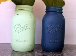 Navy and mint mason jars - www.etsy.com/shop/TooCuteWreath