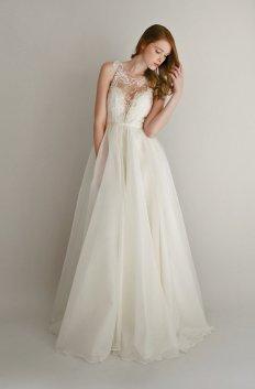 Lace and silk chiffon wedding dress (US$2878) - www.etsy.com/shop/Leanimal