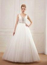 Wedding dress (US$731) - www.etsy.com/shop/BridalLounge