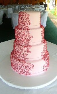 Pink and red wedding cake {via cakecentral.com}