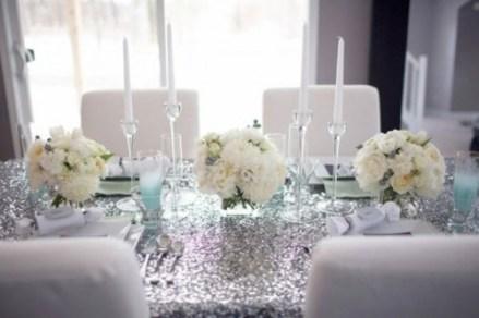 Silver and white table setting idea {via exquisitegirl.com}