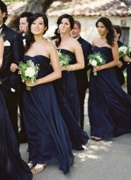 Bridesmaids in midnight blue {via modwedding.com}