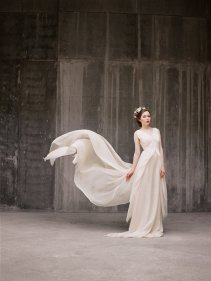 Chiffon wedding dress - www.etsy.com/shop/Milamirabridal