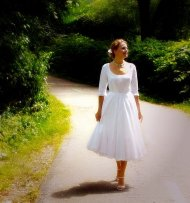 Tea-length wedding dress - www.etsy.com/shop/porshesplace