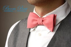 coral bow tie - www.etsy.com/shop/boombowtie