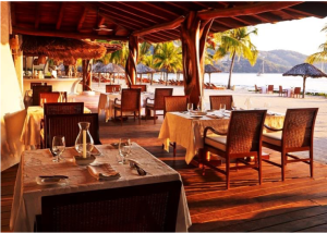 La Marea Restaurant at the Viceroy Zihuatanejo (www.TheMexicoReport.com)