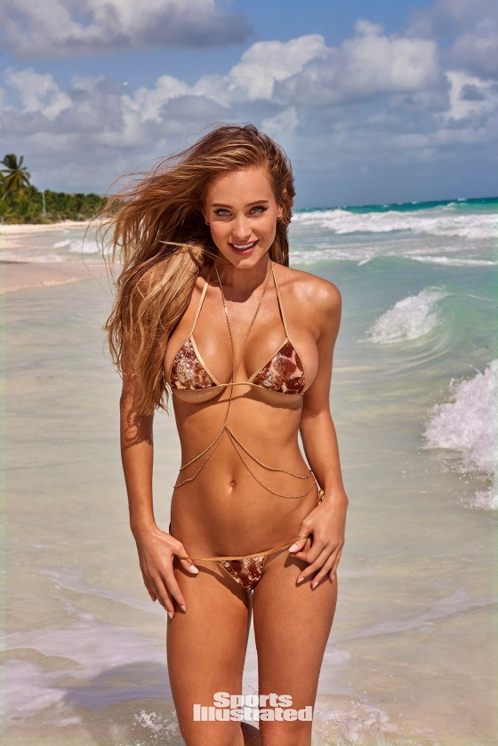 "Hannah Jeter; Photo credit: Ruven Afanador/SPORTS ILLUSTRATED (Mexico) ""On sale now."""
