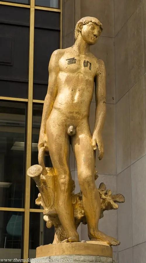 Male Statues & Their Appendages - Paris Part 1