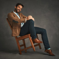 men-model-in-chair