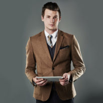 men-model-with-ipad